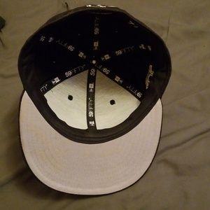 New Era Accessories - Black Red Sox Hat 71/8